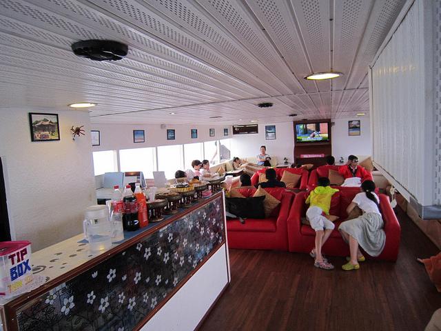 Phi Phi Premium Salon