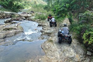 Phuket Wildwasser Rafting mit Abenteuer auf dem ATV