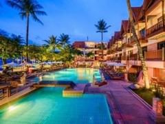 Pool at Seaeview Patong Hotel