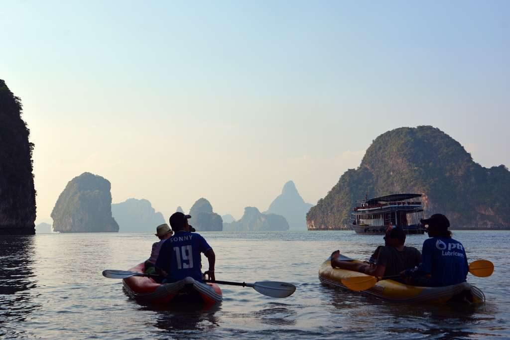 Phuket tour sea canoe