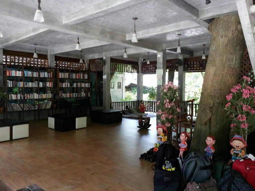 Baan Raya Resort Libary