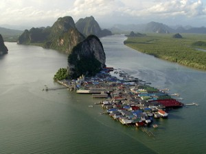 Koh Panyee Fishing Village with Easy Day Thailand Tours