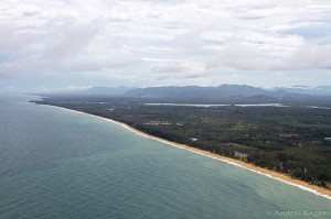 Mai Khao Beach vista aerea