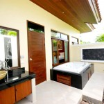 Les Palmares 2-Bedroom Villa - Outside Bathroom