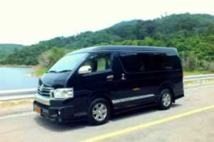 Phuket Limousine - Toyota-Ventury-exterior