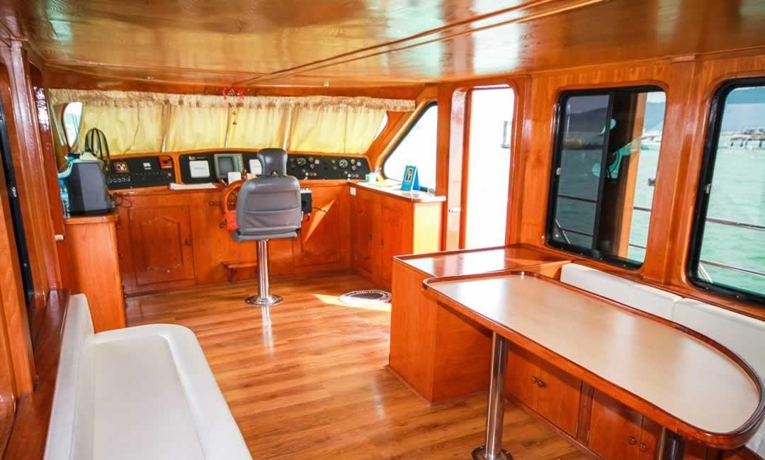 MV Chandra Cruises - Cockpit