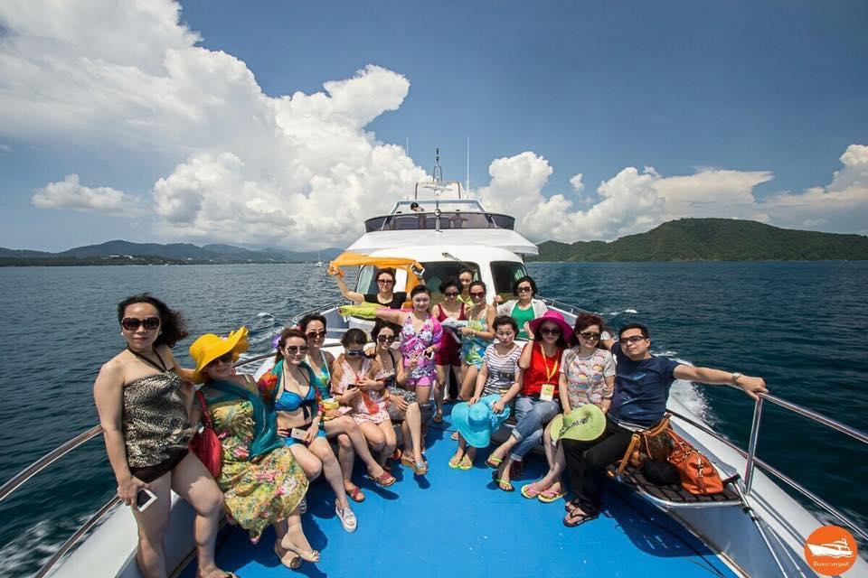 MV Chandra Cruises - Sundeck