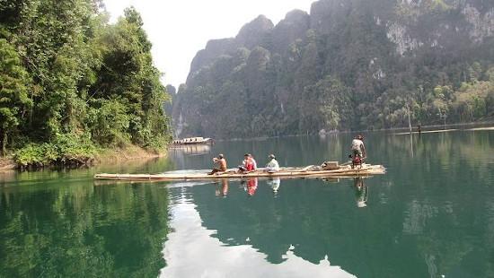 Khao Sok Lake Bamboo rafting